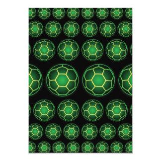 Balones de fútbol verdes invitaciones personales