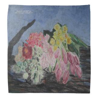 Bandana Manojo de flores de corte frescas en un tronco de