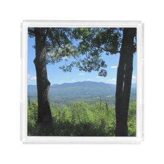 Bandeja Acrílica Montañas entre dos árboles
