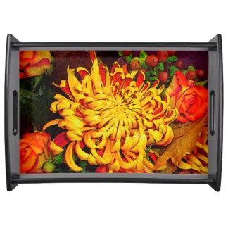 Bandeja Cosecha, rosas y crisantemo del otoño