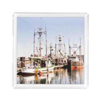 Bandeja de la porción del barco de pesca