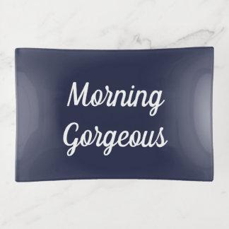 Bandeja magnífica de la baratija de la mañana