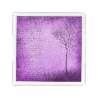Bandeja púrpura de la porción del árbol y de la