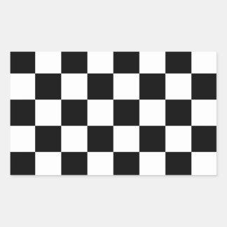 Bandera a cuadros a cuadros el competir con auto pegatina