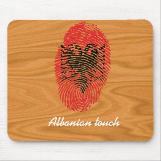 Bandera albanesa de la huella dactilar del tacto alfombrilla de ratón