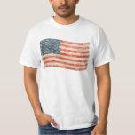 Bandera americana pintada vintage de la mirada camisetas