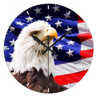 Bandera americana y reloj de pared patrióticos de