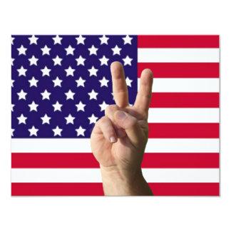 Bandera americana y signo de la paz invitación 10,8 x 13,9 cm