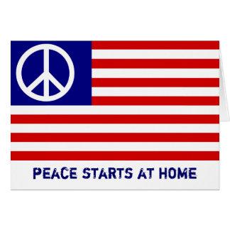 Bandera americana y signo de la paz tarjeta de felicitación