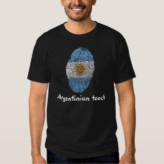 Bandera argentina de la huella dactilar del tacto camisetas
