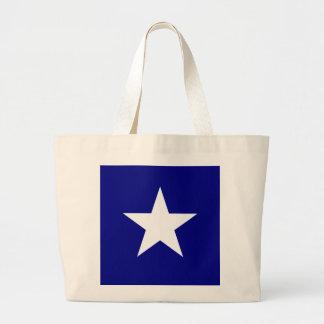 Bandera azul de Bonnie con la bolsa de asas blanca
