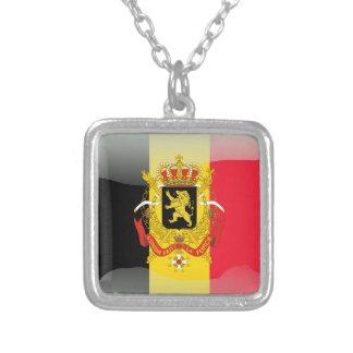 Bandera brillante belga collar plateado