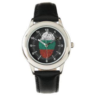 Bandera búlgara de la huella dactilar del tacto reloj