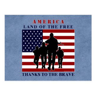 Bandera de América y postal de la silueta de los
