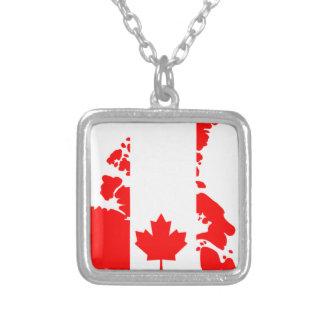 Bandera de Canadá Collar Plateado