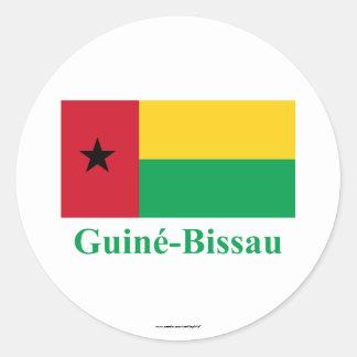 Bandera de Guinea-Bissau con nombre en portugués Pegatina Redonda