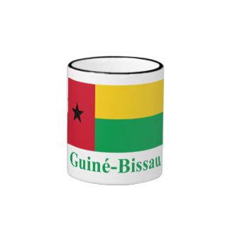 Bandera de Guinea-Bissau con nombre en portugués Taza A Dos Colores