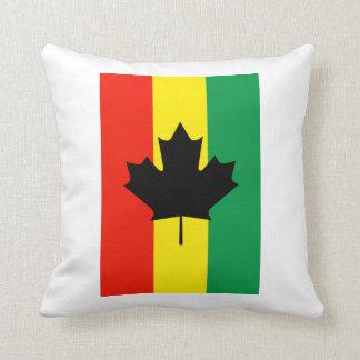 Bandera de la hoja de arce del reggae de Rasta Cojines