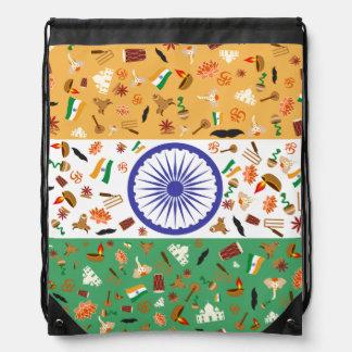 Bandera de la India con los artículos culturales Mochila