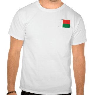 Bandera de Madagascar y camiseta del mapa