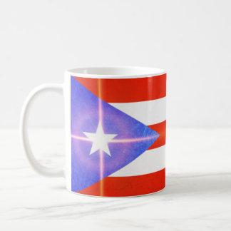 Bandera de Puerto Rico con la taza de café