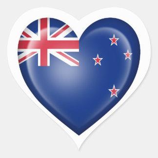 Bandera del corazón de Nueva Zelanda en blanco Pegatina De Corazón