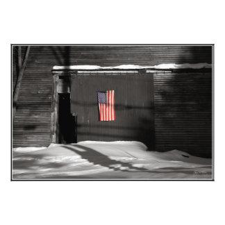 Bandera en una impresión abierta de la edición del foto