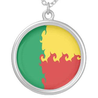 Bandera Gnarly de Benin Collar