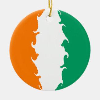 Bandera Gnarly del d Ivoire de Cote Ornamentos De Navidad