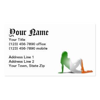 Bandera irlandesa de la silueta del chica tarjetas de visita