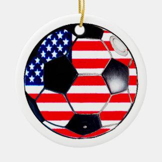 Bandera los E.E.U.U. del balón de fútbol los Adorno Navideño Redondo De Cerámica