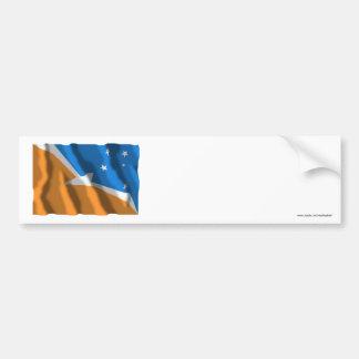 Bandera que agita de Tierra del Fuego Pegatina De Parachoque