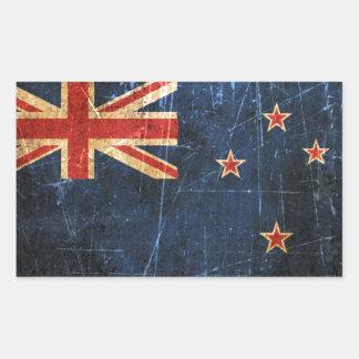 Bandera rasguñada y llevada de Nueva Zelanda del Pegatina Rectangular