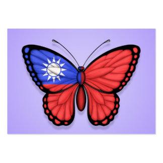 Bandera taiwanesa de la mariposa en púrpura tarjeta de visita