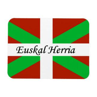 Bandera vasca con el imán de Euskal Herria