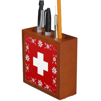 Bandera y edelweiss suizos portalápices
