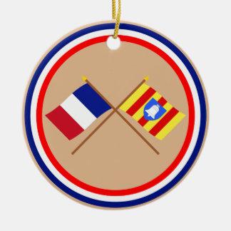 Banderas cruzadas de Francia y de Ariège Ornamentos Para Reyes Magos