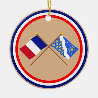 Banderas cruzadas de Francia y de Essonne Ornamento De Navidad