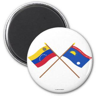Banderas cruzadas de Venezuela y de Falcón Imán Para Frigorífico