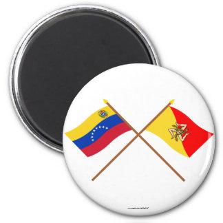 Banderas cruzadas de Venezuela y de Sicilia Imán De Nevera