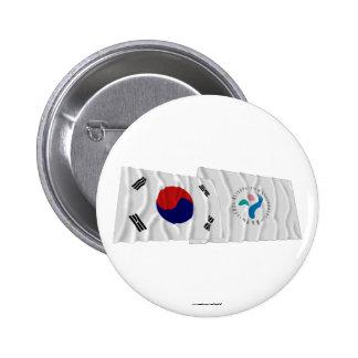Banderas que agitan de Corea y de Seul Pin