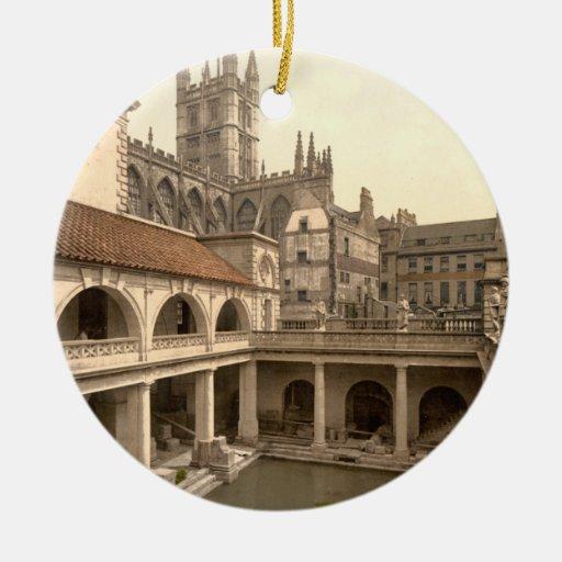 Baños y abadía romanos, IV, baño, Inglaterra Ornato