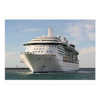 Barco de cruceros 4 postal
