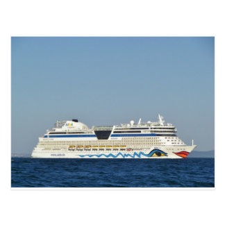 Barco de cruceros colorido postal