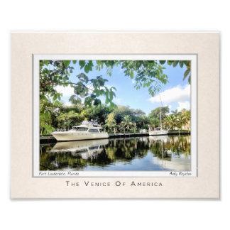 Barcos a lo largo del Riverbank Impresión Fotográfica