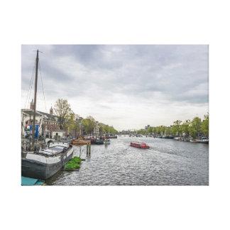 Barcos en la impresión de la lona de Amsterdam