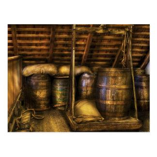 Barra - barriles de vino tarjetas postales