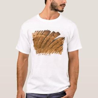 Barra de pan cortada camiseta