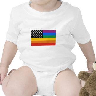 Barras y estrellas del orgullo gay traje de bebé