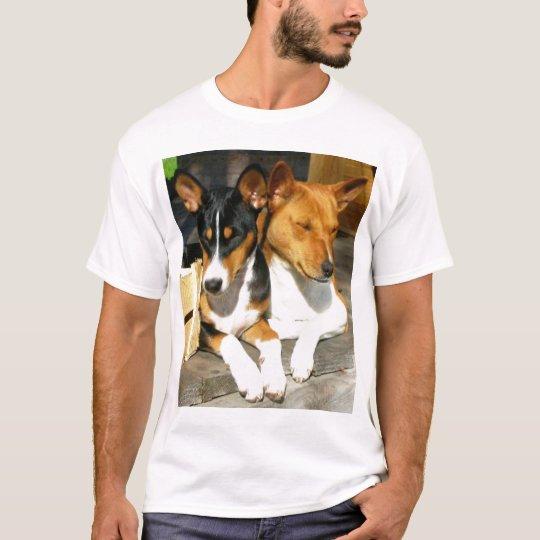 Basenji Tucson y Basja Camiseta